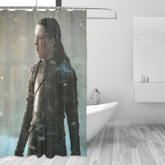 Lyanna Mormont & The Bear Island Men Shower Curtain Personality Waterproof 3D Printed Polyester Bathroom Shower Curtain One Size 12 Plastic Hooks (pp20210422) 66x72 in